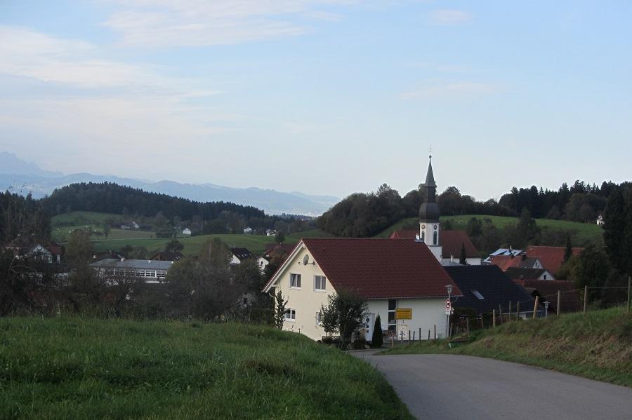 RW 17 Ansicht Esseratsweiler von Kapelle