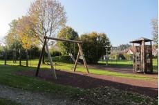 Schaukel, Spielturm, Fläche